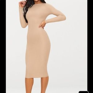 Stone Ribbed Long Sleeve Midi Dress